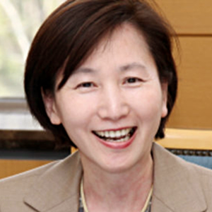 LEE Sook Jong: South Korea's Tamed Populism: Popular Protests from Below and Populist Politics from the Top