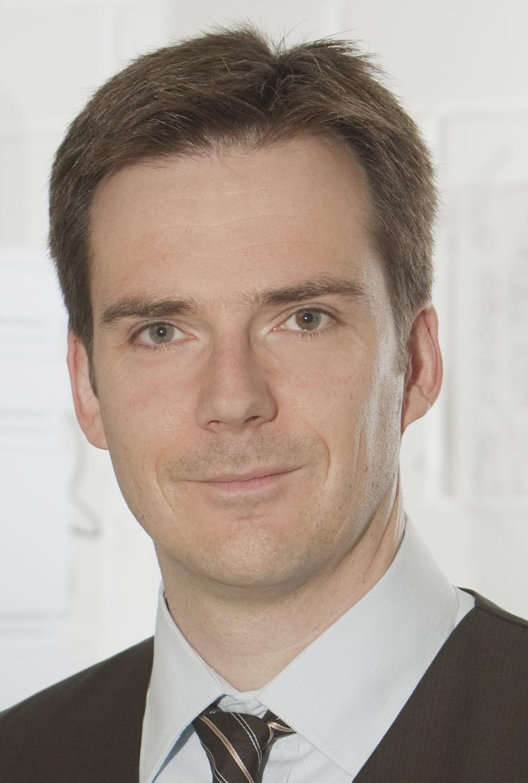 Prof. Dr. Dieter Bathen. Foto: UDE ©