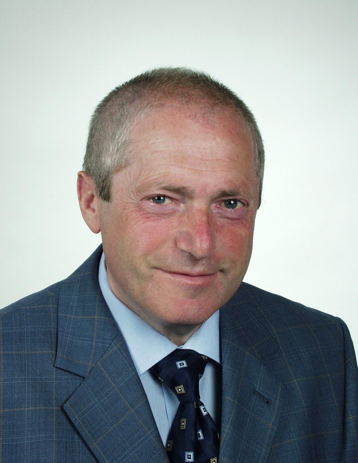 Dr. Boris Kerner.